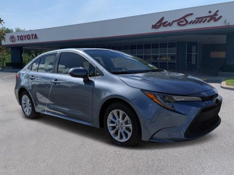 New 2020 Toyota Corolla LE FWD Sedan
